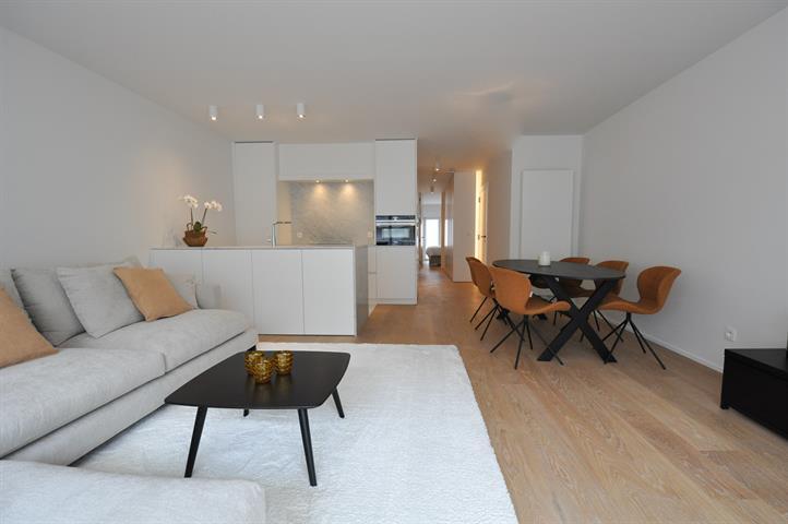 Instapklaar appartement met 3 slaapkamers, nabij de zeedijk en dichtbij het Rubensplein.