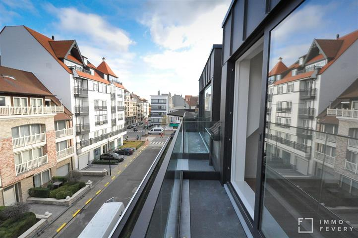 Nouveau duplex situé au centre de Knokke, à quelques pas de l'avenue Lippens.