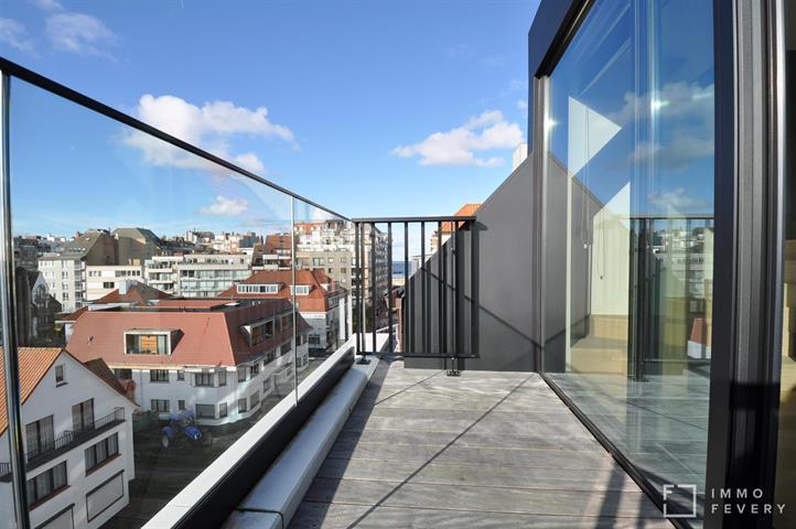 Nieuwbouw duplex met ruime zonneterrassen en met uniek open zicht op de villa-residenties.