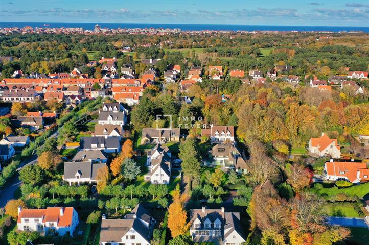 EXCLUSIEVE BOUWGROND, in een oase van rust. Vlakbij de Magere Schorre, het centrum van Knokke en de Kalfsmolen!