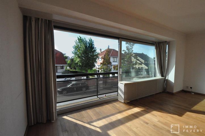 Zongericht, ruim appartement met open zicht, op enkele passen van het Zegemeer.