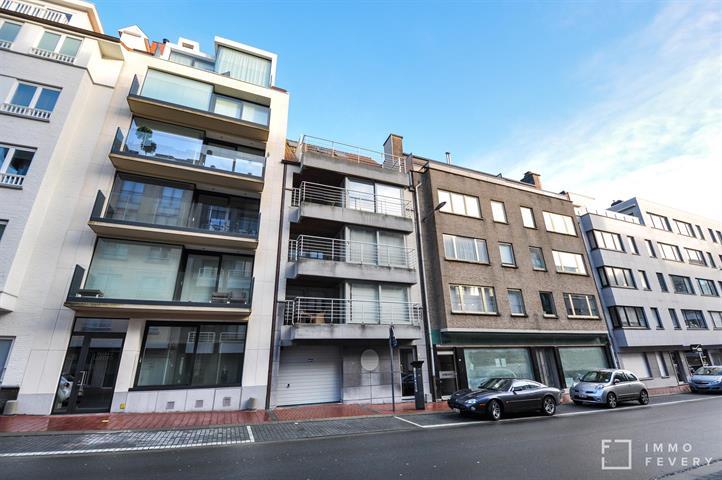 Grand appartement récent à quelque pas de la plage et de la Place Rubens.